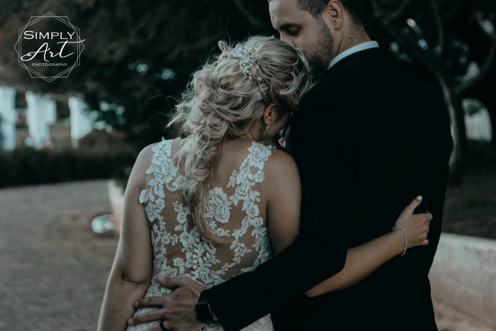 Wedding photographer Klein Karoo / Wedding photographer Karoo. Photographer in Oudtshoorn with affordable packages available. Lockdown special Garden Route Lockdown special Klein Karoo Lockdown special Karoo Lockdown special Suid kaap